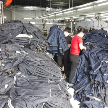Nhận May Gia Công Quần Jeans Số Lượng Ít – Xưởng Jeans Thuận Hải