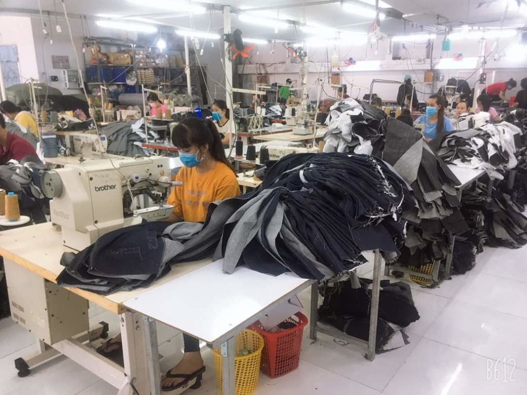 công ty chuyên may gia công quần jeans nam nữ xuất khẩu Thuận Hải - xưởng jeans xuất khẩu Thuận Hải